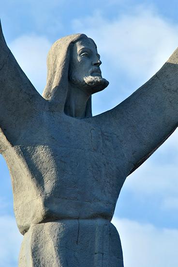 """Monumento """"El Cristo"""" . Escultura – Emiliano Luján"""